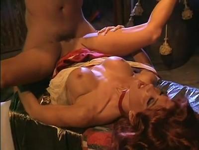 Jenna Jameson, Jill Kelly, Kaitlyn Ashley in vintage xxx clip